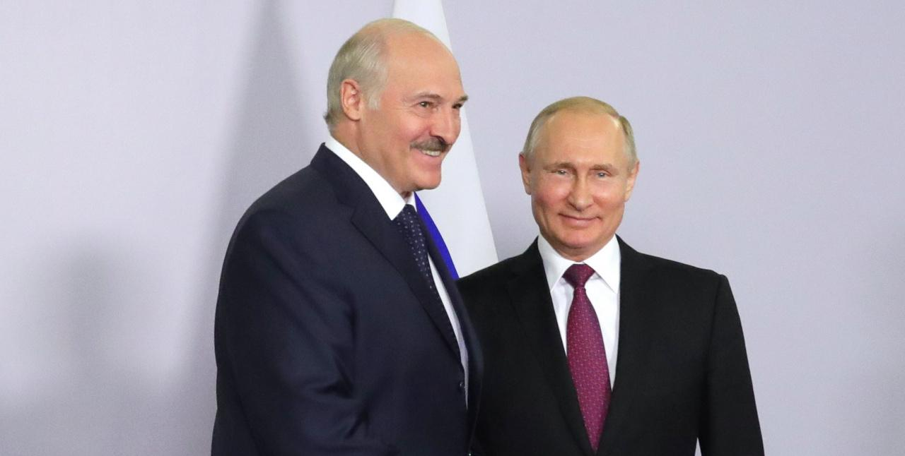 Лукашенко лично поздравил В.Путина спереизбранием президентом